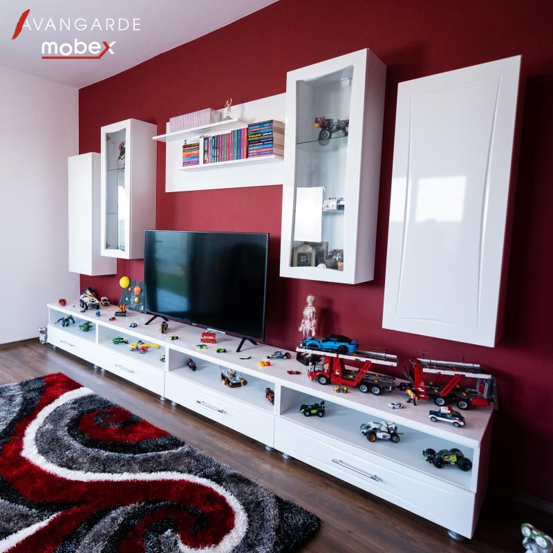 Livingroom alb pe bordo