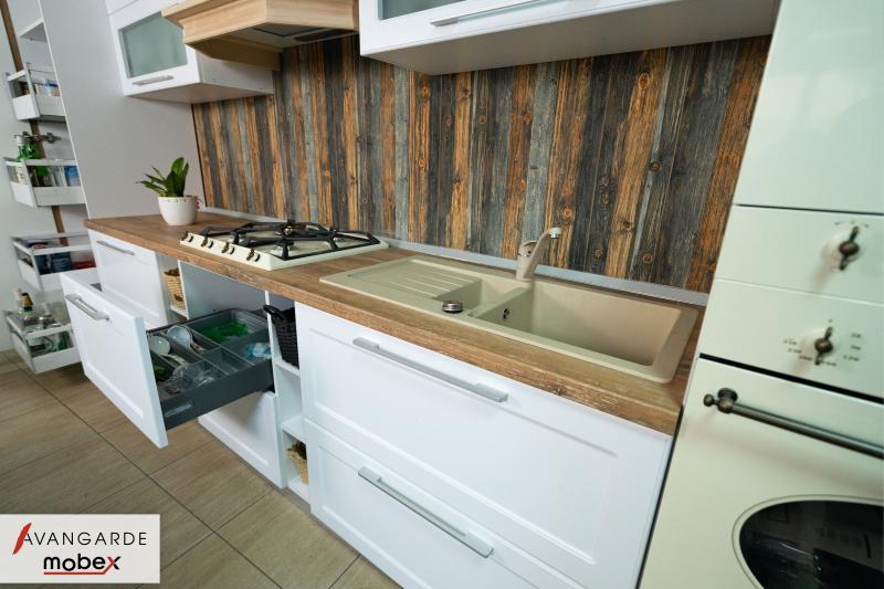 Bucătărie Titan 4